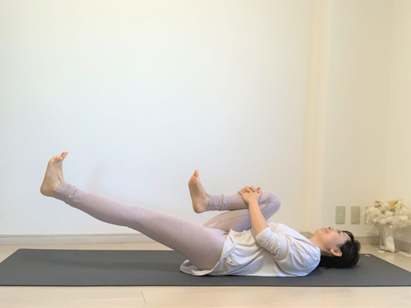 腰痛予防のヨガストレッチ