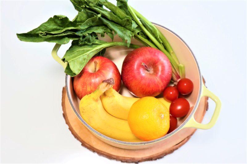ほうれん草 りんご バナナ オレンジ トマト