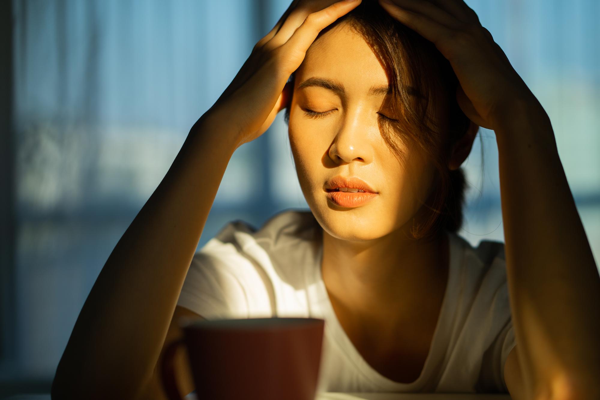 ストレスを感じる女性