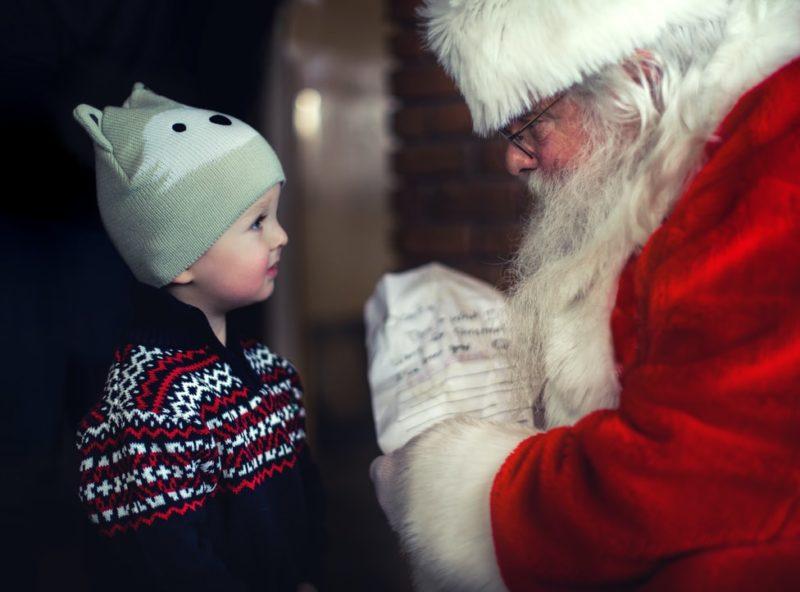 サンタクロースと子ども