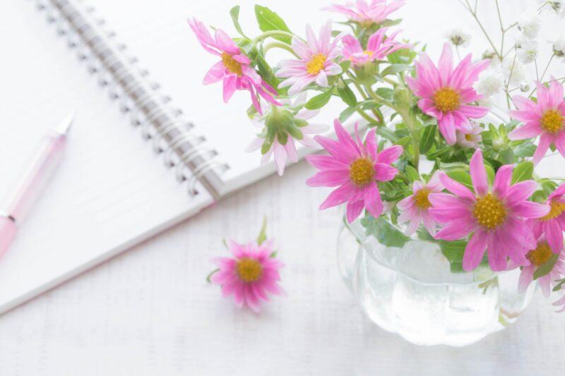 スケジュール帳とお花