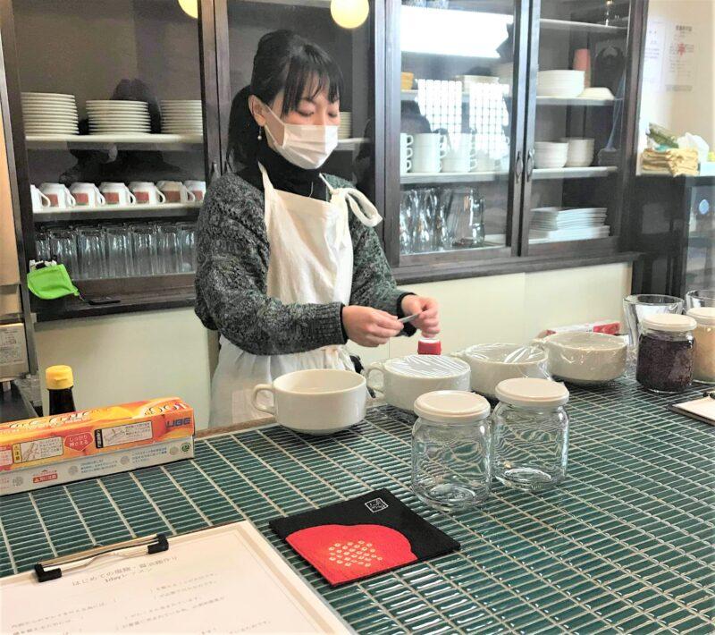 千田 ゆきみさん 調理風景