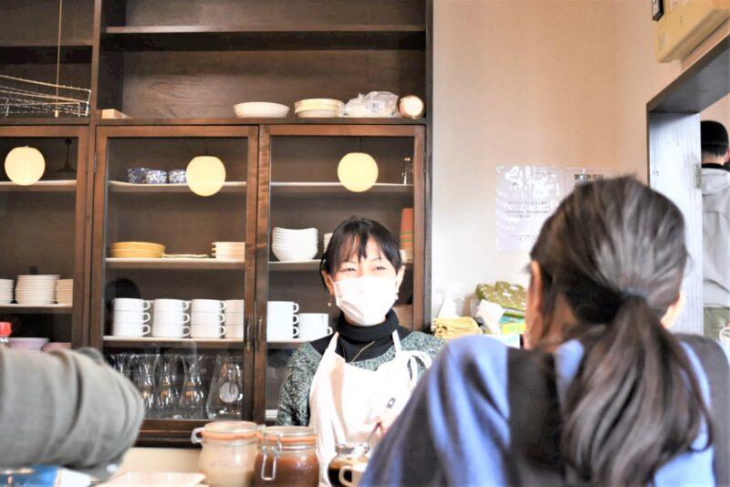 千田 ゆきみさんとお客さんの談話