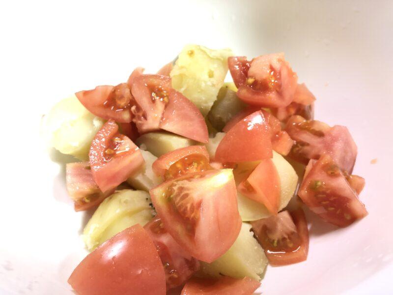 トマトとジャガイモ
